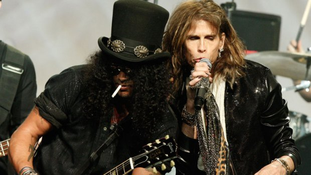 steven-tyler-slash-by-kevin-winter-getty