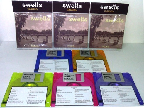 Swells – Banal (floppy-disk)