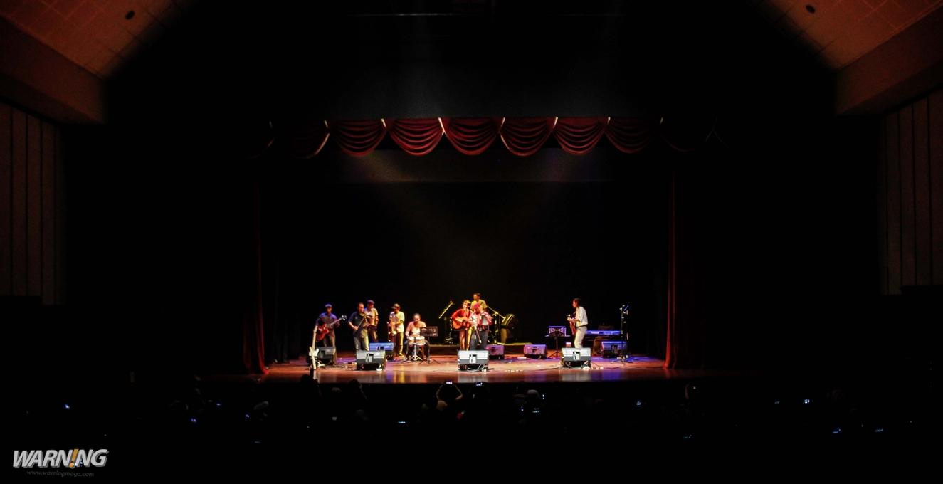 Silampukau Stage